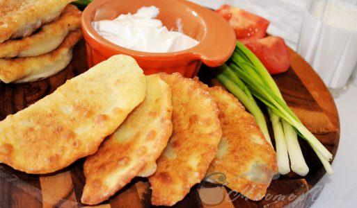 Тонкие пирожки с картофелем и печенью