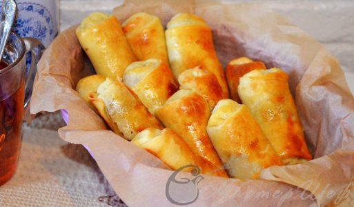 Пирожки «трубочки» с капустой и яйцом