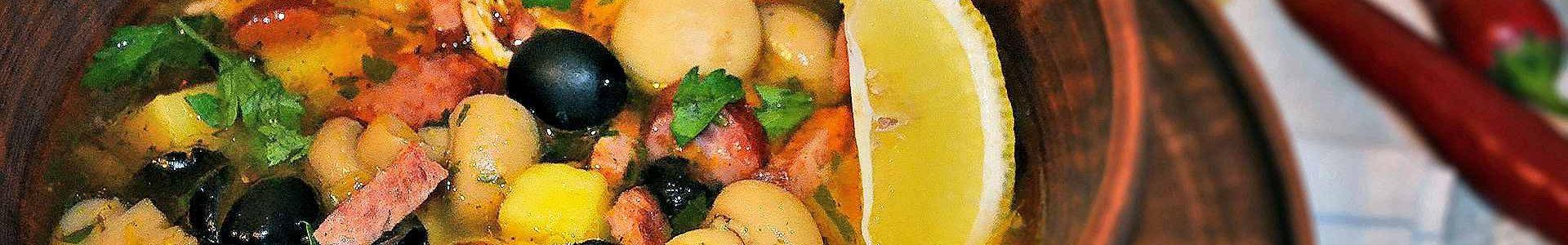 Солянка с маринованными грибами