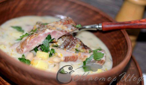 Сырный суп c копчеными ребрышками