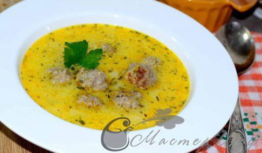 Рисово-сырный суп с мясными шариками