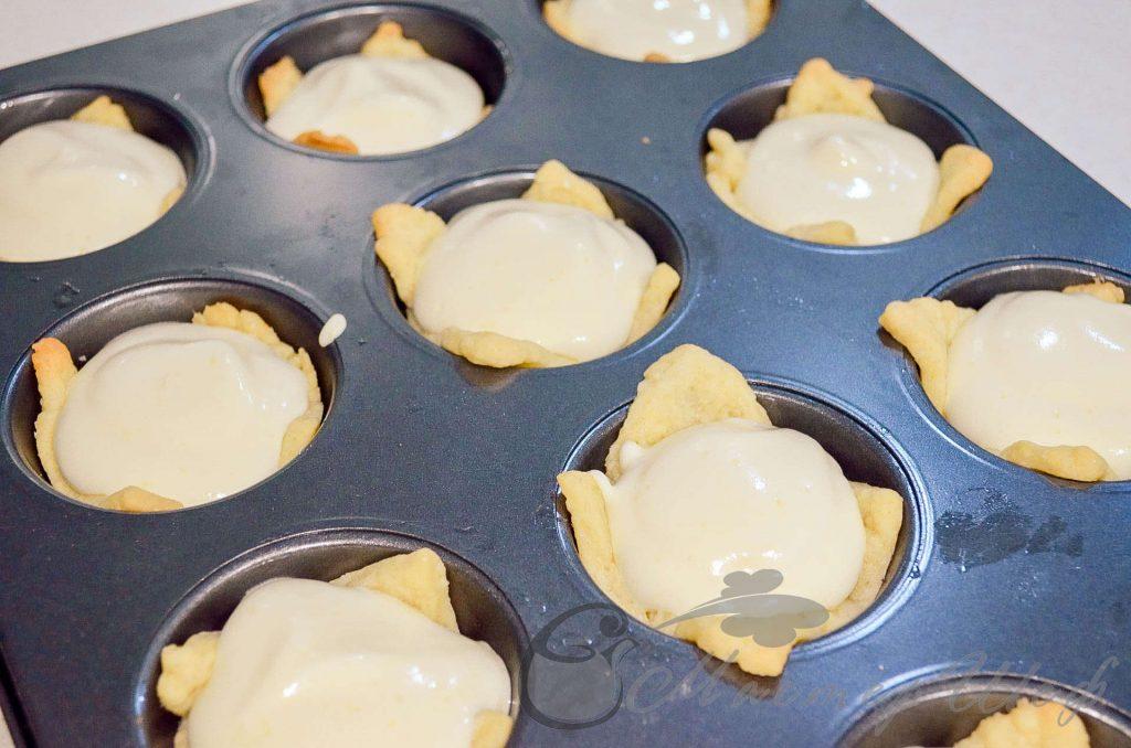 Лимонные пирожные - Заполняем лимонной начинкой наши корзинки. Выпекаем  15 минут при 160 гр.