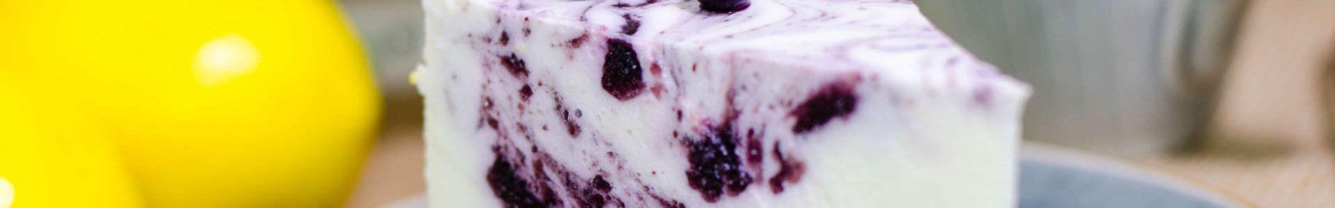 Чернично – йогуртовый торт
