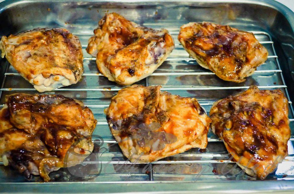 ШАГ 3а - Куриные бедра запеченные в глазури