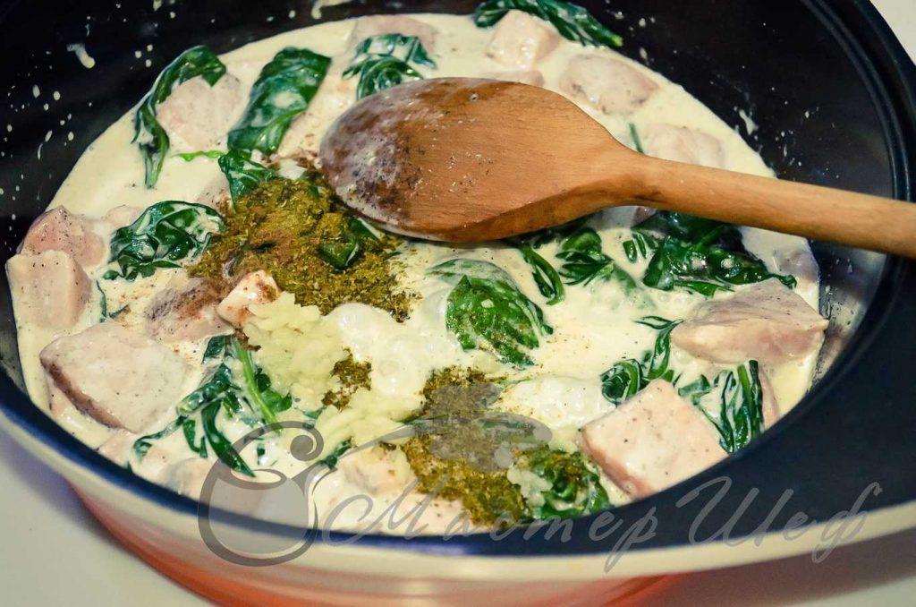 ШАГ 4 - Спагетти с семгой в сырном соусе и шпинатом