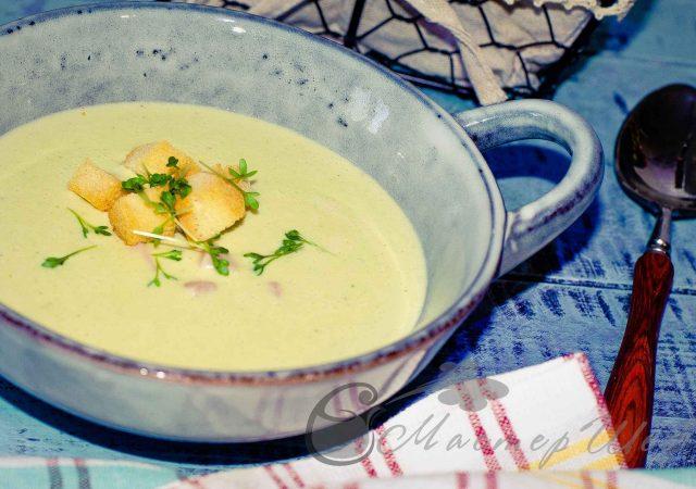 Сырный суп с брокколи и ветчиной