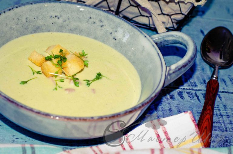 Сырный суп с брокколи и ветчиной - рецепт