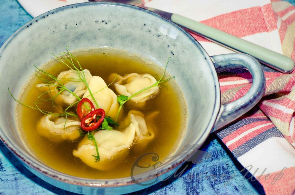 Пельмени с грибами по-азиатски - рецепт с фото