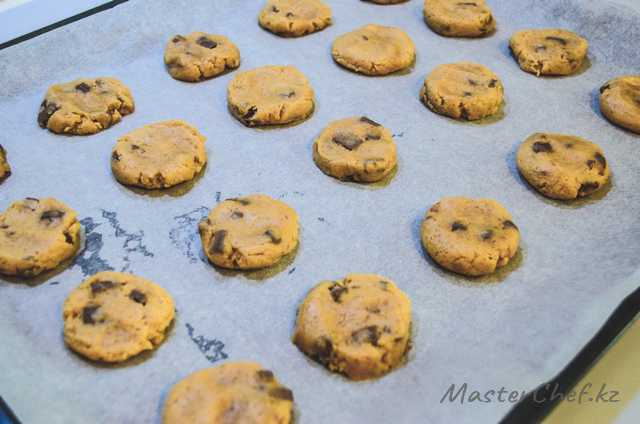 ШАГ 5 - Печенье с шоколадом и арахисовой пастой