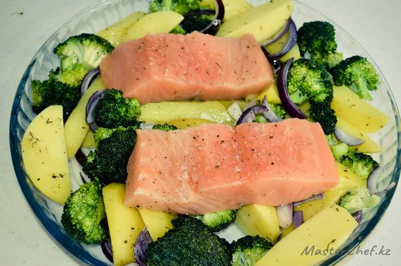 ШАГ 4 - Рыба запеченная с овощами